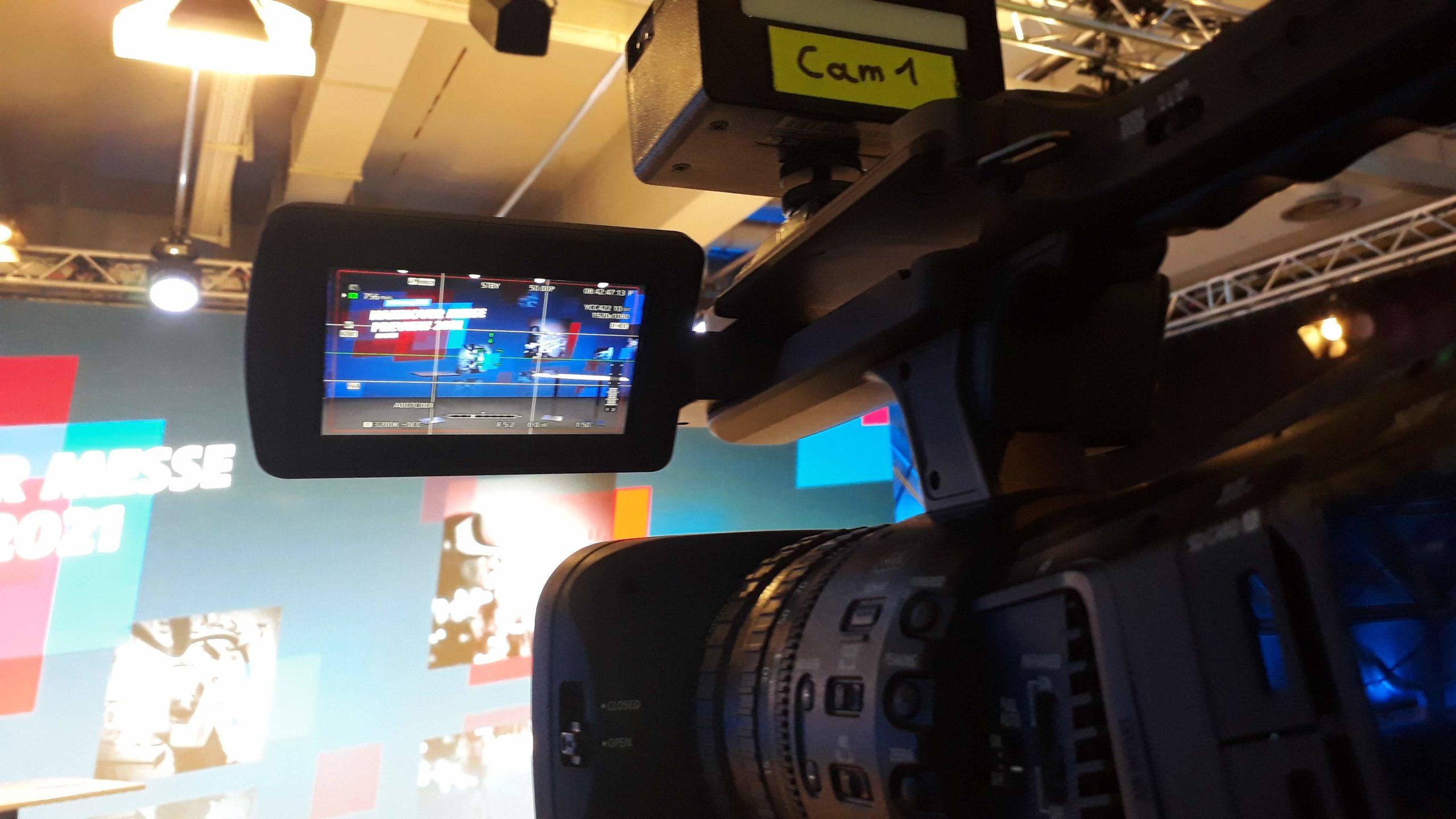 #HM21 Blick durch die Kamera auf die Bühne